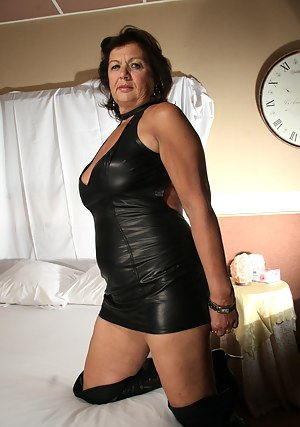 Moms Leather Porn Pictures
