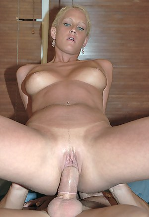 Dick in Moms Pussy Porn Pictures