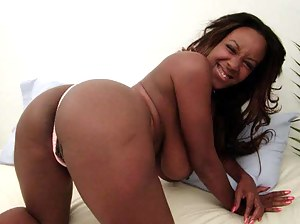 Black Moms Ass Porn Pictures